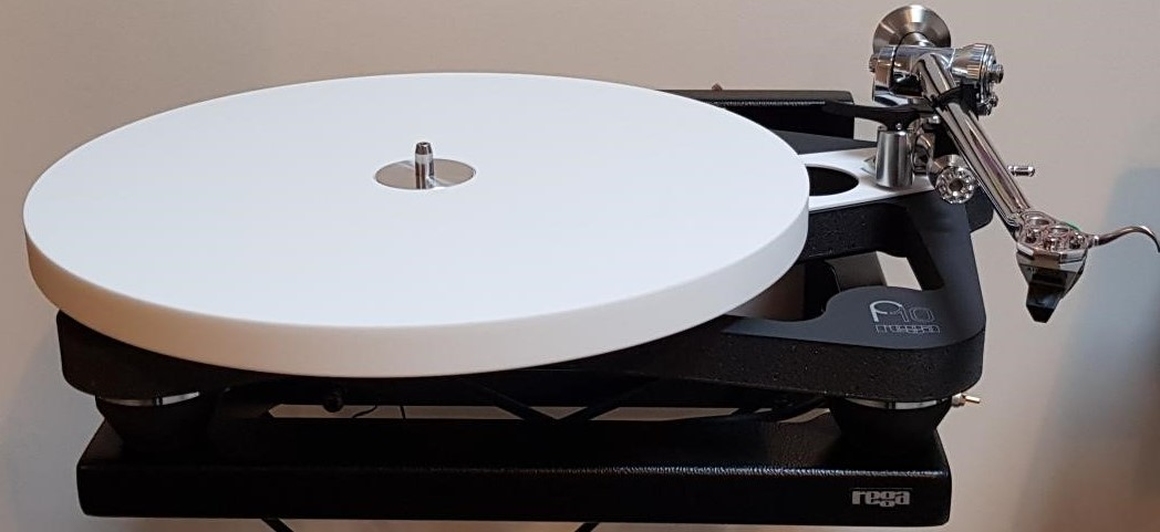 The brand new Rega P10