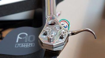 Rega P10 RB3000 arm